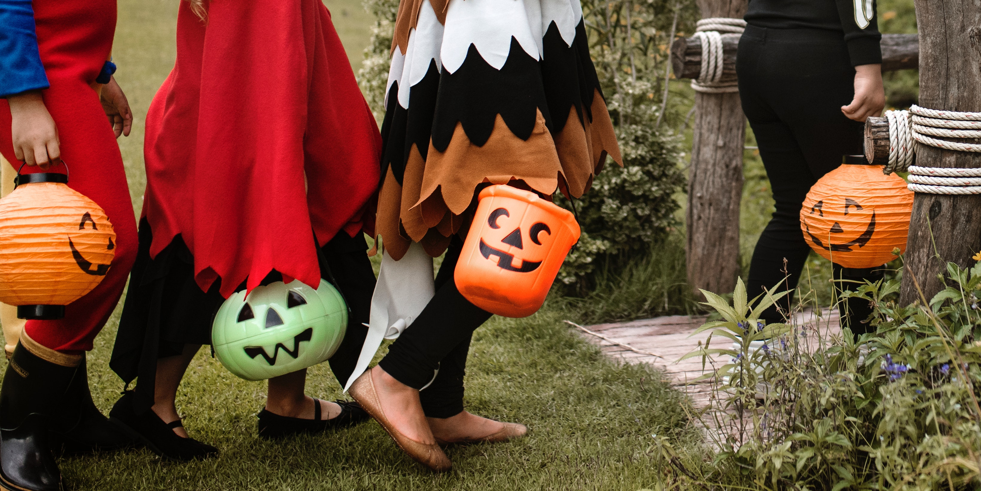 8 Halloween Safety Tips for Your Family